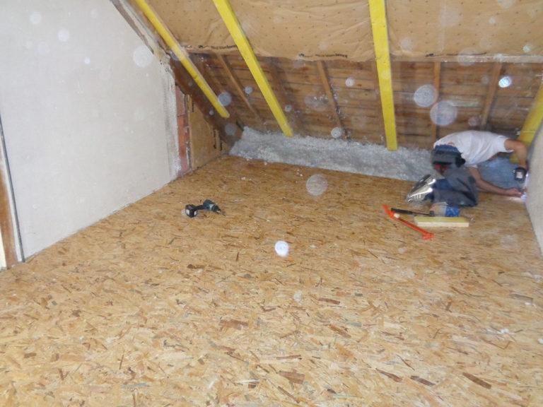Pose de plancher pour aménagement des combles